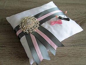 Úžitkový textil - Vankúš pod obrúčky - 8086984_