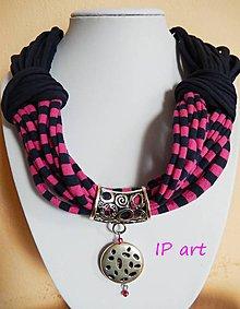 Náhrdelníky - Úpletový náhrdelník s medailonom - 8087943_