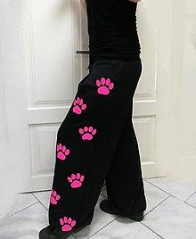 Nohavice - Tepláky s tlapkami, sytě růžové.. - 8087990_