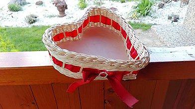 Košíky - Košík s červenou stuhou a štrasovou ozdôbkou - 8087609_