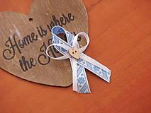 Pierka - Č. 125 Folklórne pierka s modrým vzorom - 8085207_