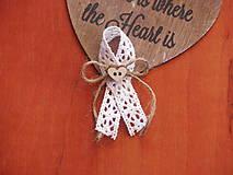 Pierka - Č. 129 Vintage pierka s bielou krajkou, jutou a dreveným srdcom - 8086340_