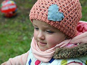 Detské čiapky - Rifľové srdce: marhuľová - 8089148_