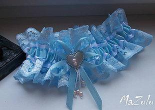 Bielizeň/Plavky - svadobný podväzok v modrom, s kúskom ružovej - 8091418_