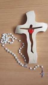 Krížik drevený
