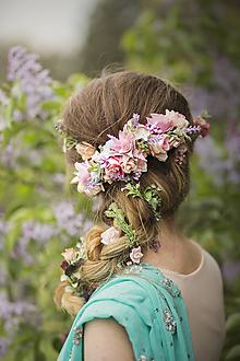 Ozdoby do vlasov - Romantický kvetinový pletenec - 8096248_