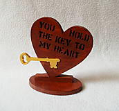 Dekorácie - Drevené srdce a kľúč - 8093376_