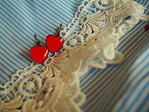 Náušnice - Malinké červené srdiečka - 8093691_