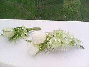 Ozdoby do vlasov - Svadobný hrebienok pre nevestu a pierko pre ženícha - 8097190_