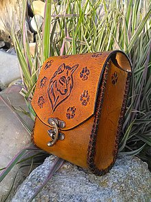 Iné tašky - Kožená kapsička na opasok Vlk - 8097810_