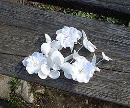 Ozdoby do vlasov - Kvetinová svadobná ozdoba do vlasov (na sponke) - 8099342_