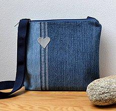 Iné tašky - Crossbody riflová taška so srdiečkom - 8101271_