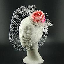 Ozdoby do vlasov - Růže svatební klobouk s francouzským závojem - 8104941_