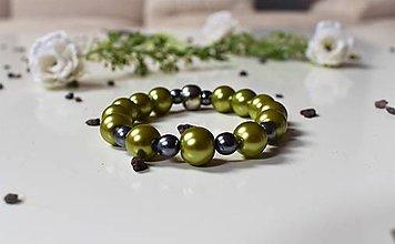 Náramky - Náramok Zelený perličkový - 8105002_