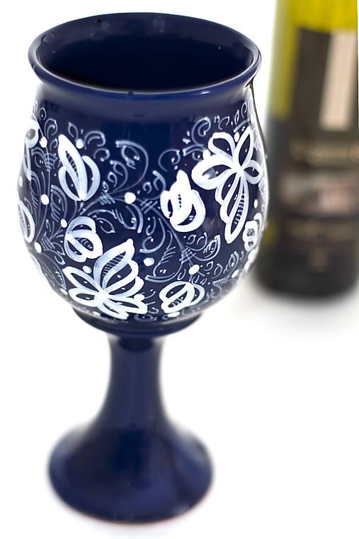 Kobaltová čaša