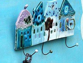 Nábytok - vešiak dom - 8103904_