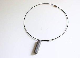 Náhrdelníky - Betónový náhrdelník na obruči heptagon - 8107818_