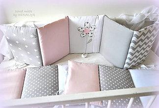 Textil - Mantinel do postieľky z kolekcie Love s kvetinkou 240x25cm - 8113176_