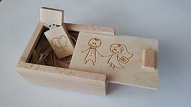 Krabičky - Drevené USB s krabičkou - 8111098_