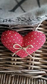 Darčeky pre svadobčanov - Červené srdiečka - 8111186_