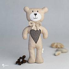Hračky - béžový macko s čokoládovým srdiečkom - 8110196_