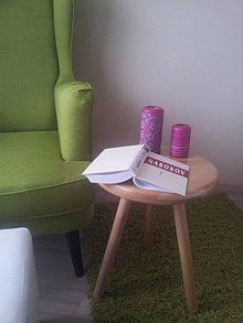 Nábytok - Príručný stolík - 8110256_