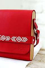 Kabelky - Vyšívaná kabelka na rameno BOHEMIAN CLUTCH RED - 8112176_