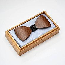 Doplnky - Drevený motýlik HARMONY - orech - 8112370_