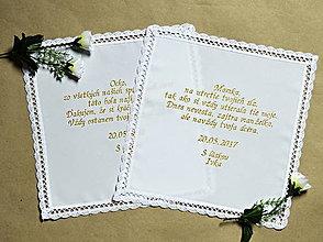 Darčeky pre svadobčanov - vyšívaná svadobná vreckovka pre mamku - 8112080_