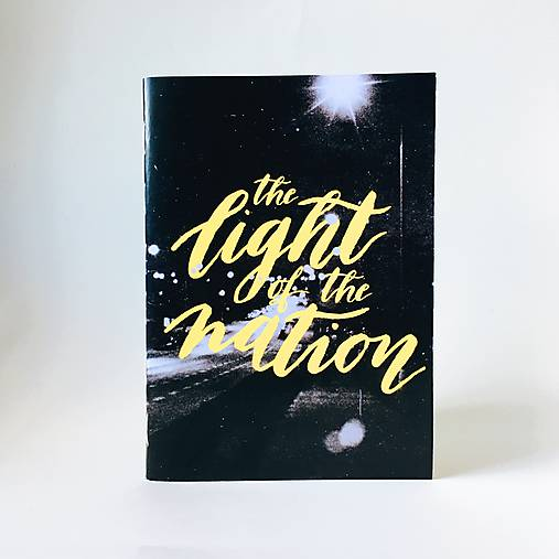 Papiernictvo - Zápisník Light of the Nation A6 - 8114082_