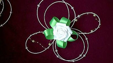 Kytice pre nevestu - Ratanová svadobná výzdoba zelená - 8115225_