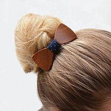 Ozdoby do vlasov - Drevený motýlik do vlasov - mahagon - 8114462_