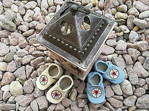 Topánočky - Capacky s nasivkou vo velkosti S, farba kremova a modra - 8117182_