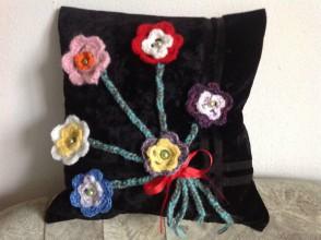 Úžitkový textil - Kvitnúci vankúš - 8118103_