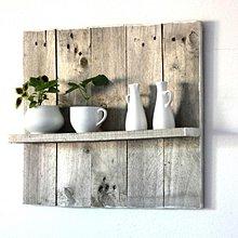 Nábytok - Slnkom vyšednutá polička z paletového dreva - 8119502_
