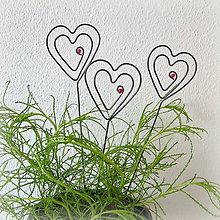 Darčeky pre svadobčanov - zapichovacie  srdiečka - 8123249_