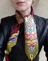 Šatky - Verná koreňom- maľovaná hodvábna šatka - 8122975_