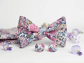 Doplnky - Svadobný exkluzívny set - kvetinový motýlik, vreckovka a manžetové gombíky - 8122064_
