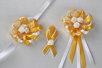 Pierka - Bielo-žlté svadobné pierka pre hostí so srdiečkom - 8121745_