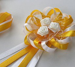 Pierka - Bielo-žlté svadobné pierka pre otcov/starejšieho - 8121795_