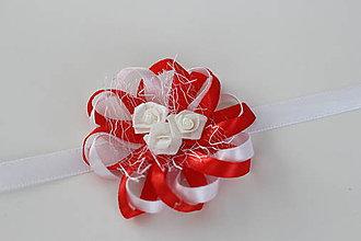 Pierka - Bielo-červený náramok pre družičku - 8121905_