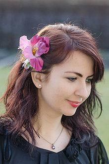Ozdoby do vlasov - Vínový ibišek do vlasů - 8122707_