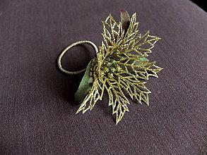 Ozdoby do vlasov - zlatá vánoční hvězda na gumičce - 8122900_