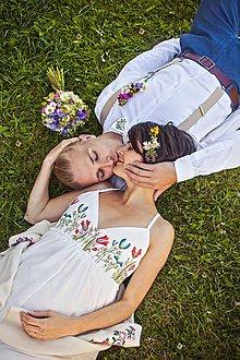 Šaty - Svadobné šaty ručne vyšívané Lúčne kvety - 8124472_