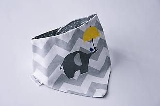 Detské doplnky - Nákrčník / šatka tenký sivý chevron so sloníkom - 8124932_