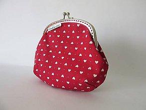 Taštičky - Taštička-peňaženka červená so srdiečkami - 8125660_