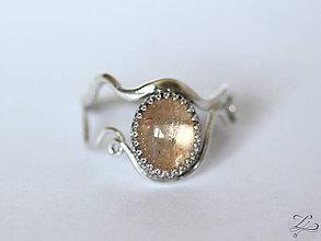 Prstene - Strieborný prsteň so slnečným kameňom - Slnko nad obzorom - 8129957_