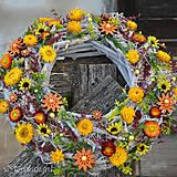 Dekorácie - Veniec na dvere zo sušených kvetov - 8128747_