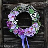 Dekorácie - Veniec na dvere s orchideou - 8131457_