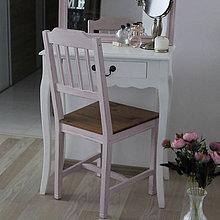 Nábytok - Ružová vidiecka stolička - 8130139_